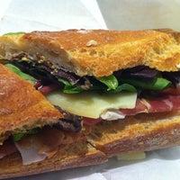 Foto scattata a Pastoral Artisan Cheese, Bread & Wine da Sue Z. il 12/9/2012