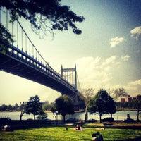 Das Foto wurde bei Astoria Park von Luiz H. am 5/16/2013 aufgenommen