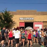 7/17/2013 tarihinde Whitney M.ziyaretçi tarafından Fullsteam Brewery'de çekilen fotoğraf