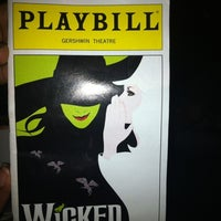 Das Foto wurde bei Gershwin Theatre von Meka O. am 9/30/2012 aufgenommen