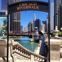 7/12/2013 tarihinde @steveGOgreenziyaretçi tarafından Chicago Riverwalk'de çekilen fotoğraf