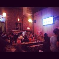รูปภาพถ่ายที่ Pine Box Rock Shop โดย Meghan Kathleen เมื่อ 10/4/2012