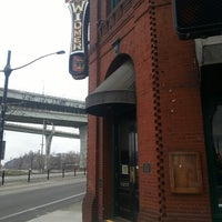 2/16/2013 tarihinde jason k.ziyaretçi tarafından Widmer Brothers Brewing Company'de çekilen fotoğraf