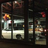 Foto tirada no(a) Bill DeLuca's Woodworth Chevrolet por Sabrina B. em 10/3/2012