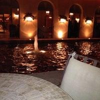 12/8/2012にRonda R.がT. Cook'sで撮った写真