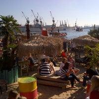 Das Foto wurde bei StrandPauli von Steffen H. am 6/9/2013 aufgenommen