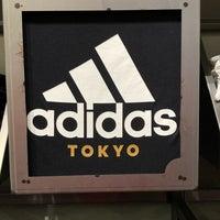 11/9/2018にKennyがadidas Originals Flagship Store Tokyoで撮った写真
