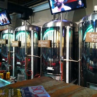 Foto tirada no(a) West Flanders Brewing Company por Jessica S. em 7/20/2013
