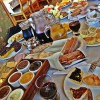 Foto scattata a Bela Vista Café Colonial da Laurinha M. il 7/26/2013