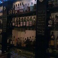 Photo prise au Caledonia Bar par Steven C. le12/20/2012