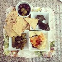 Foto scattata a Bacchus Coffee & Wine Bar da Nine L. il 10/13/2012
