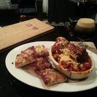 Das Foto wurde bei Crisp Wine-Beer-Eatery von Pharon H. am 2/5/2013 aufgenommen