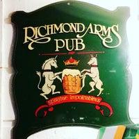 Photo prise au The Richmond Arms Pub par Natalya R. le3/18/2017