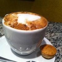 Foto tirada no(a) Armazém do Café por carolina g. em 12/5/2012
