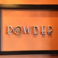 รูปภาพถ่ายที่ Powder Restaurant โดย Quinn R. เมื่อ 12/31/2014