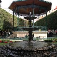 Foto tomada en Jardín de la Unión por Sue C. el 12/27/2012