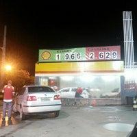 Foto tirada no(a) Posto Wap (Shell) por Bruno S. em 1/29/2013