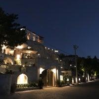 Foto diambil di Sos Cave Hotel oleh 美麗 林. pada 9/1/2018