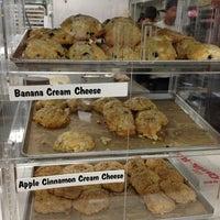 Foto tomada en Diamond Head Market & Grill por Tiane el 1/26/2013