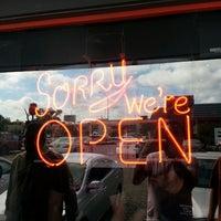 7/21/2013にJames N.がMagnolia Cafe Southで撮った写真
