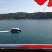 Das Foto wurde bei Güzel Yer Balık Lokantası von Ufuk K. am 3/31/2013 aufgenommen