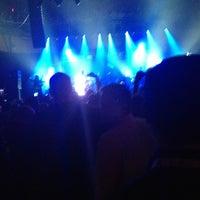 Foto diambil di Rain Nightclub oleh jules P. pada 1/8/2013