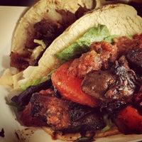 Снимок сделан в Bravo Tacos пользователем Arthur S. 4/22/2013
