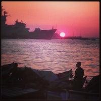Photo prise au İnciraltı Sahili par Yagmur U. le6/15/2013