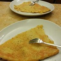 Foto tirada no(a) Pizzeria da Filippo por Regina K. em 1/6/2014