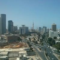 รูปภาพถ่ายที่ Kardan Building โดย Leon K. เมื่อ 5/1/2014
