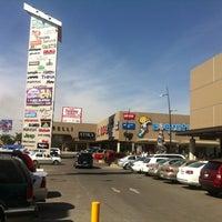 รูปภาพถ่ายที่ MULZA Outlet del Calzado โดย Rodrigo Z. เมื่อ 12/23/2012
