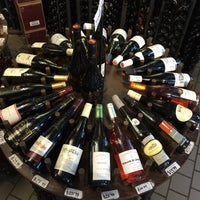 Foto diambil di Ambassador Wines & Spirits oleh Matthew K. pada 5/12/2016