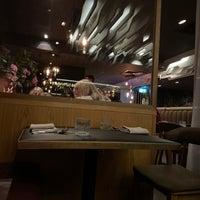 Das Foto wurde bei Maha Restaurant von Jen P. am 5/8/2021 aufgenommen