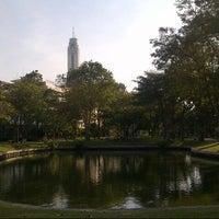 Das Foto wurde bei Suan Santi Phap von Satitcha am 1/5/2013 aufgenommen