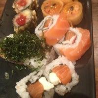 3/31/2013にMeg P.がYatta Sushiで撮った写真