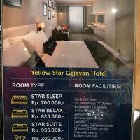 Yellow Star Hotel Gejayan Yogyakarta Di Yogyakarta
