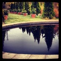 Foto tirada no(a) Denver Botanic Gardens por Amy L. em 11/6/2012