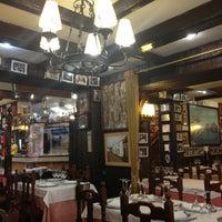 Foto tomada en Restaurante Salamanca por Татьяна Л. el 4/25/2013