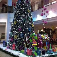 Foto tirada no(a) Atlântico Shopping por Erico C. em 12/16/2012
