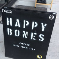 9/4/2016にRosie MaeがHappy Bonesで撮った写真
