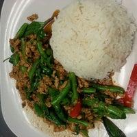 Foto tomada en Mali Thai Cuisine por Pong A. el 5/8/2013