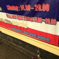 thai högdalen gula kiosken
