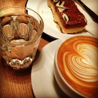 3/14/2013에 Christopher P.님이 Society Cafe에서 찍은 사진
