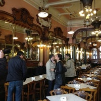 Foto tirada no(a) Majestic Café por Maik H. em 11/16/2012