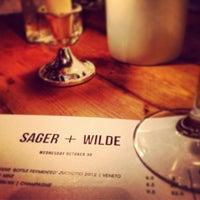Das Foto wurde bei Sager + Wilde von Stephen P. am 10/30/2013 aufgenommen
