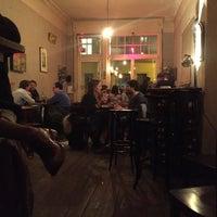 Photo prise au Meine Bar ICI par keith b. le3/24/2016