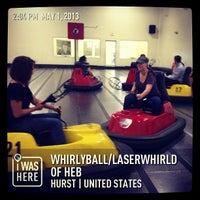 Das Foto wurde bei WhirlyBall/LaserWhirld of HEB von Darren E. am 5/1/2013 aufgenommen