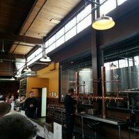 Foto tomada en Grand River Brewery por Jonathan D. el 8/9/2013