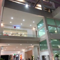 Foto tomada en Plaza Sol Luxury Hall & Business por DR el 12/1/2012