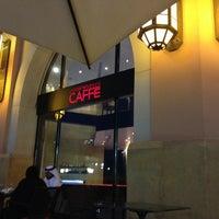 Снимок сделан в Emporio Armani Café- The Pearl Qatar пользователем Matias L. 4/27/2013